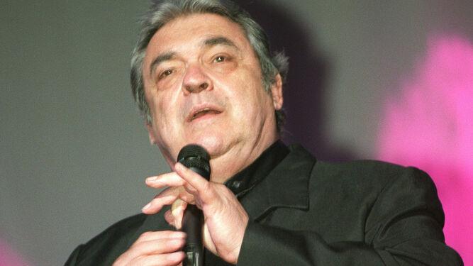 Alberto-Cortez-regresa-Teatro-Falla_1245485946_84677699_667x375