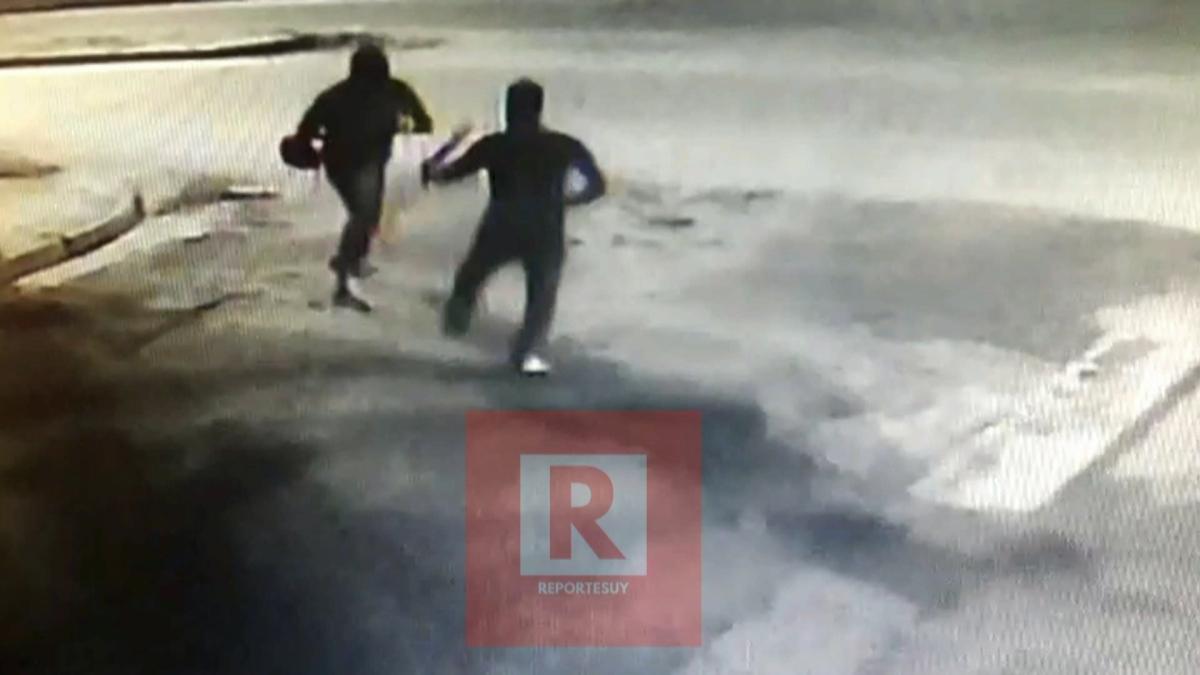 Robaron un supermercado en Rocha,al ladrón lo intentaron detener pegandole unos palazos pero logró fugar