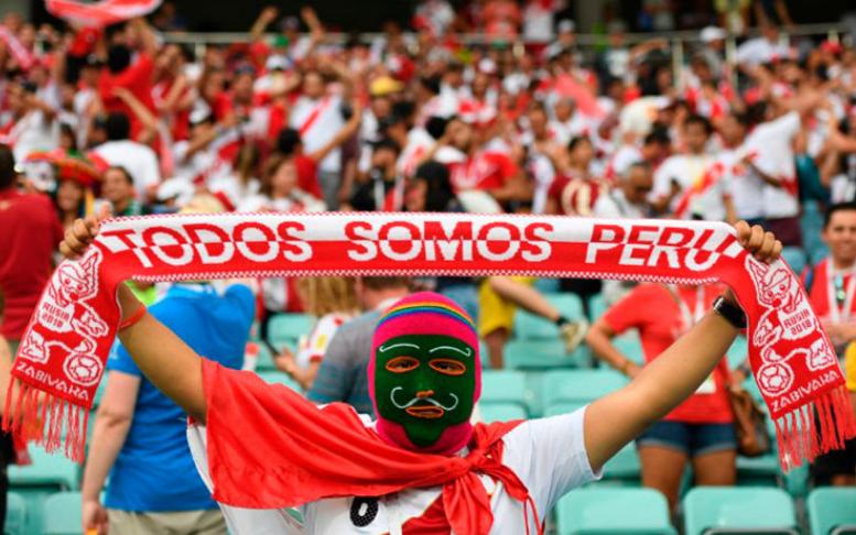 Hinchas-Peruanos.png