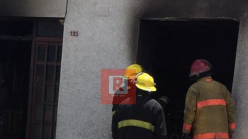 incendio casa en Rocha 1.jpg